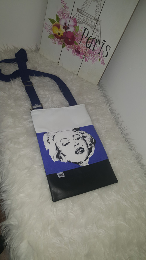 Marilyn Monroe crossbody