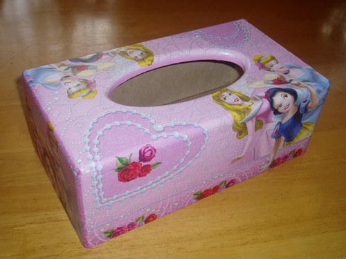 Krabička na kapesníky - Princezny