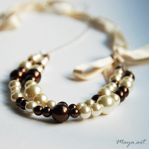 Béžový náhrdelník se stužkou