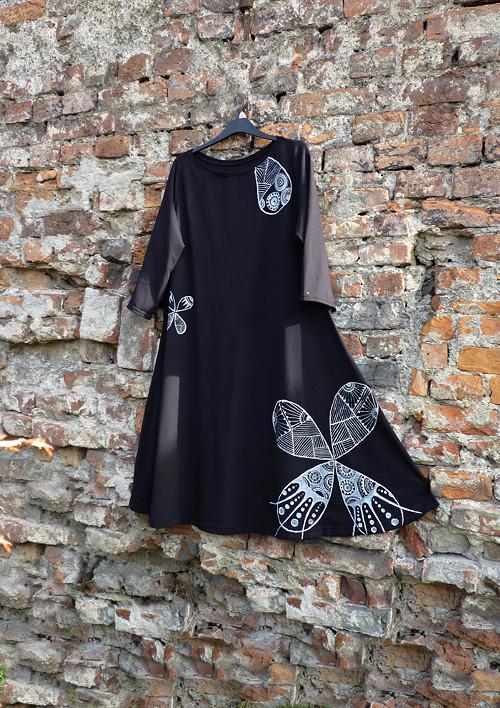 Šaty ...noční motýl