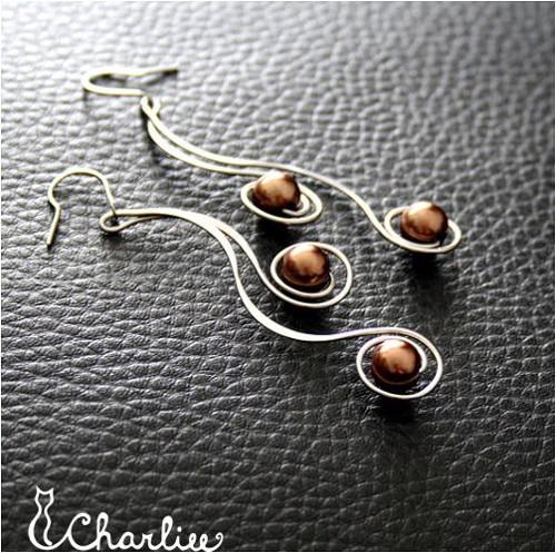 Náušnice- tepané spirály - čokoládové - chir. ocel