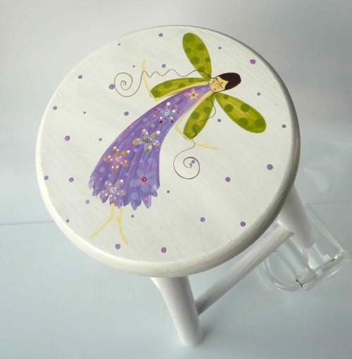 bílá stolička - divná vážka