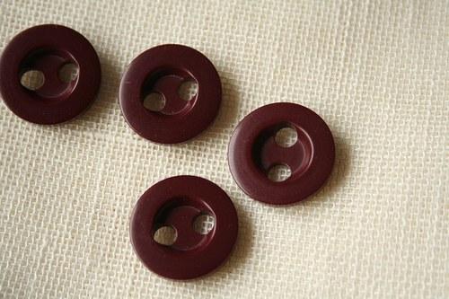 3 zemité knoflíky s velkými dírkami_ 2,3 cm