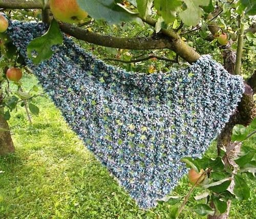 Háčkovaný šátek/pléd