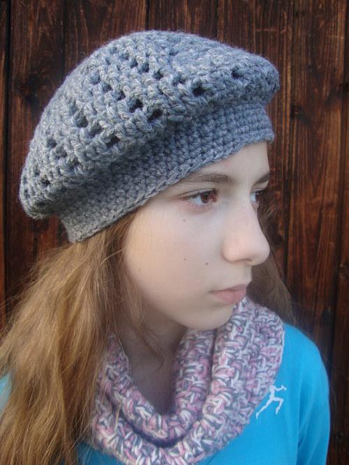 Háčkovaný baret šedý