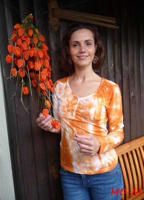 Oranžová romantička