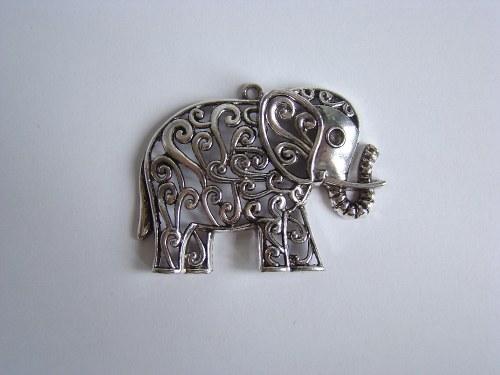 Kovový komponent - slon
