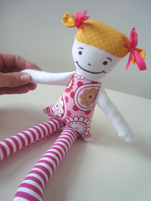 růžové děvčátko