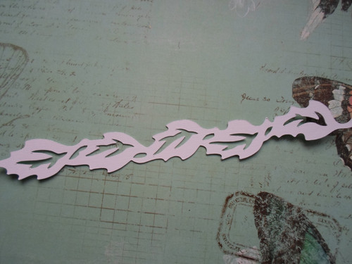 Ozdobná bordura s listy - barva na výběr
