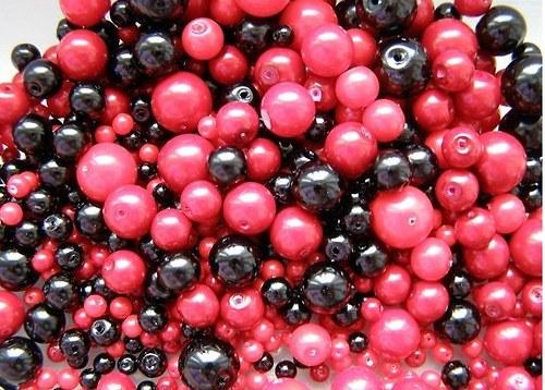 Voskované perly Ø4-10mm 50g - červenočerná