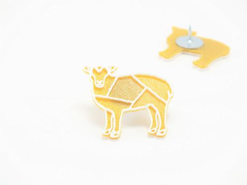 Připínáček ovečka gold/white