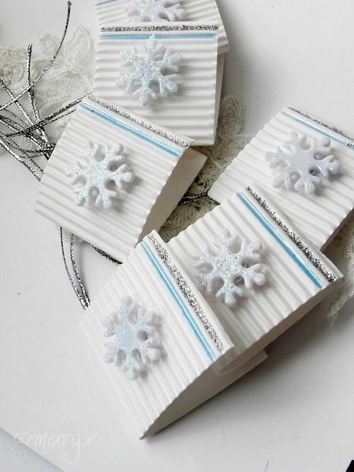 Blue snow /visačky na dárky/ •sada/jednotlivě•