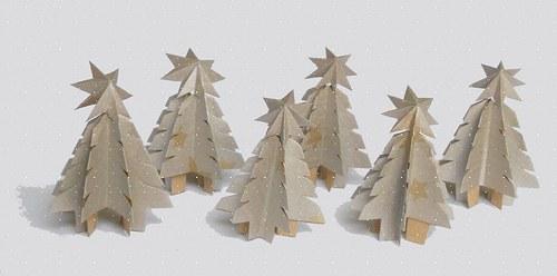 Stříbrný vánoční stromeček s hvězdou
