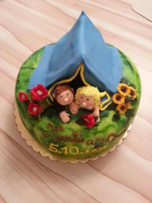 Hruškovo - čokoládový dort pro milovníky kempování