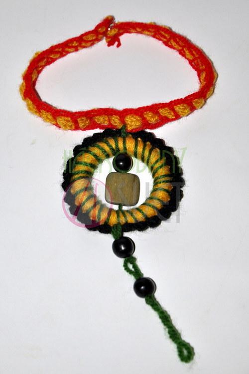 Háčkovaný náhrdelník - rasta