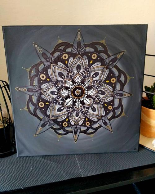 Mandala - Noční květ