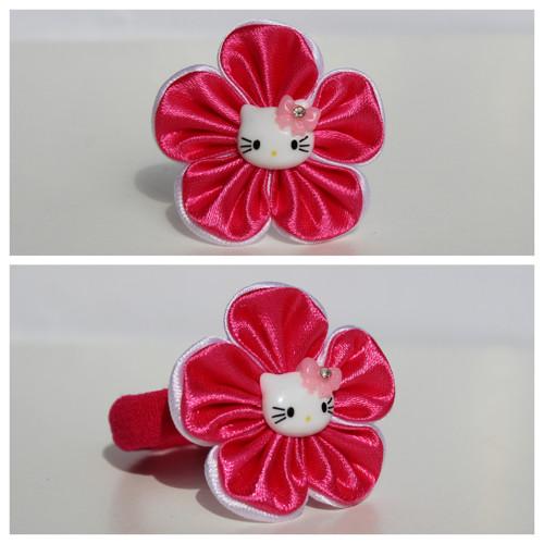Gumička do vlasů - květ s  Hello Kitty