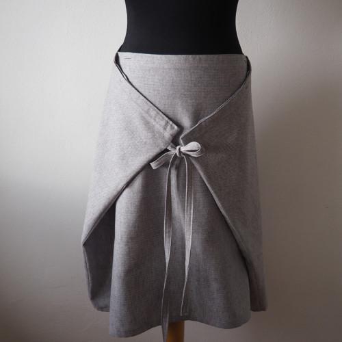Chytrá zavinovací sukně lněná šedá rybí kost