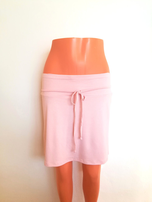 Dámská áčková sukně s vázačkou