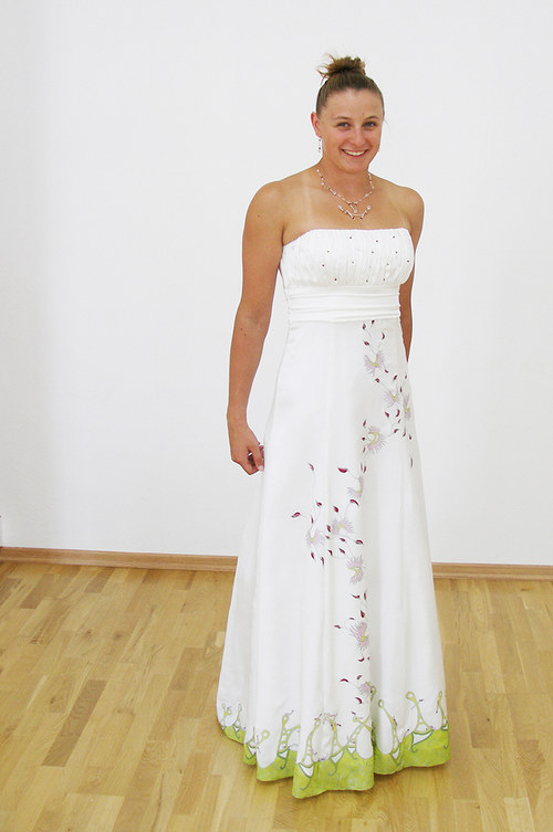 Svadobné / spoločenské hodvábne šaty