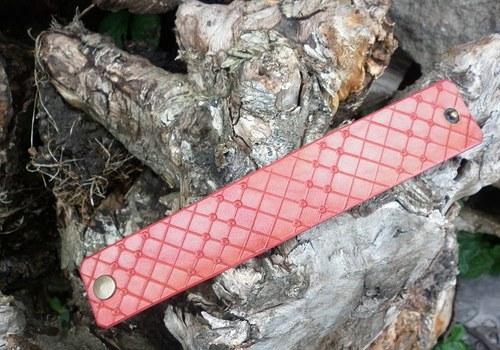 kožený náramek káro10 38 x 200 červený