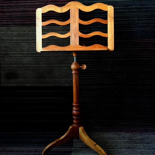Stojan na noty ze dřeva třešně barok