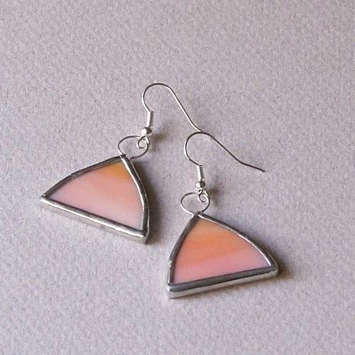 Náušnice - oblé trojuholníky oranžové