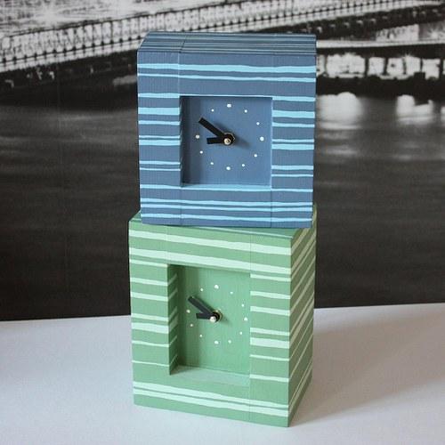 Malované hodiny - modré nebo zelené