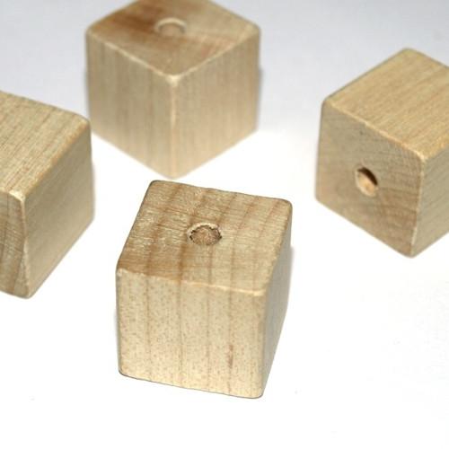 Dřevěné korálky Kostky 18mm Extra GAMEWA - 8ks