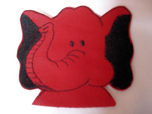 Sloník  nášivka červený