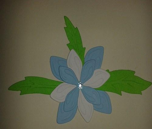 Skladaná kytička - modrobílá