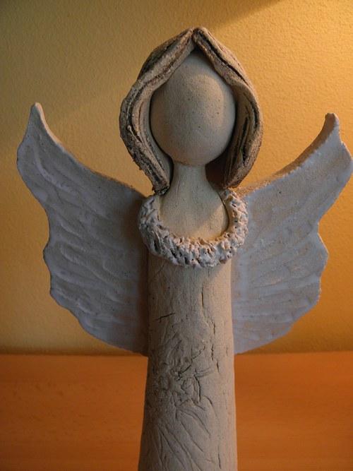 Andělinka něžná...