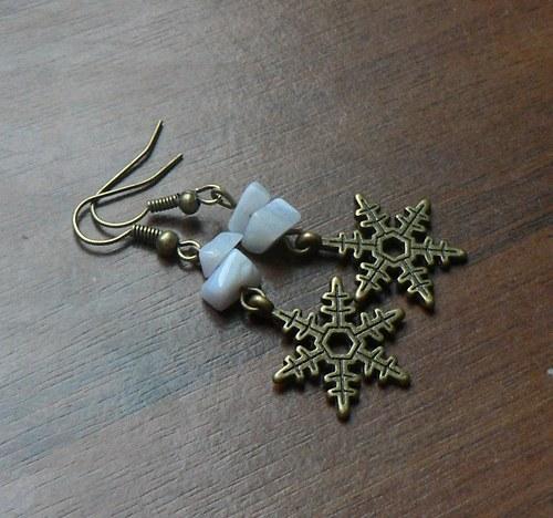 Vánoční náušnice - vločky s chalcedonem