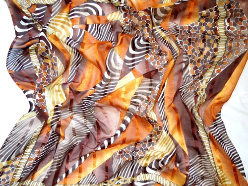 Šátek V barvách safari 98 cm x 98 cm