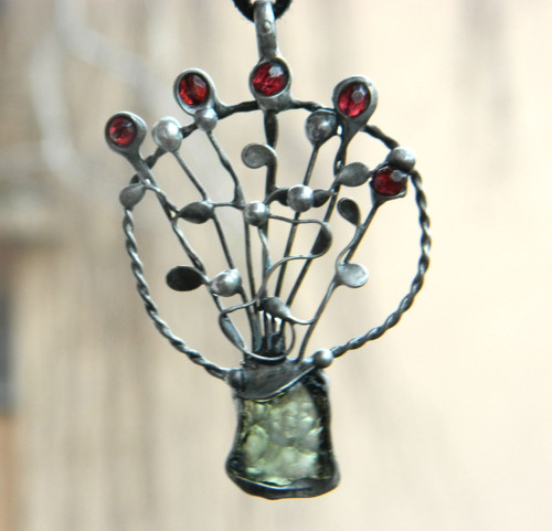 Amulet - Kytice energie/vltavín/