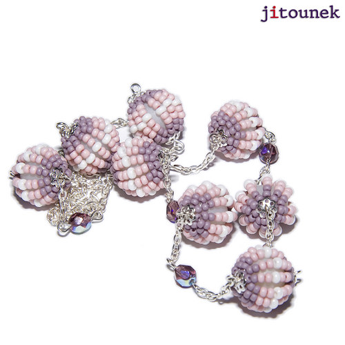 Růžovofialový kuličkový náhrdelník