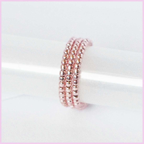 Růžový metal prsten