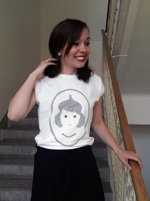 Takové tričko s holčičkou od dubu