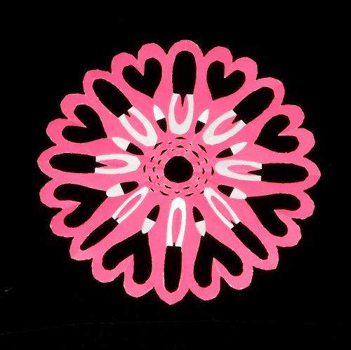 Laminovaná podložka pod hrneček - srdcová květina