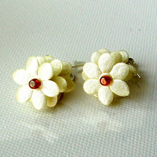 Náušnice květinky.....11