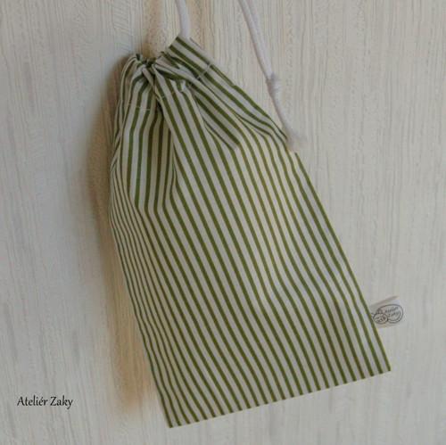 Pytlík se zelenými proužky