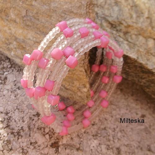 náramek  růžový s bílou