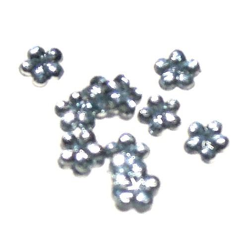 Zirkony - tvar květina