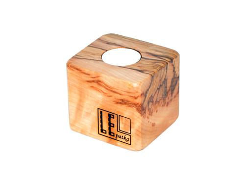 svícen - paletová kostka (LEpatka ražba) buk, vosk