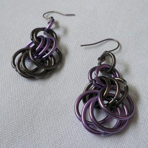 kroužky fialovohnědé