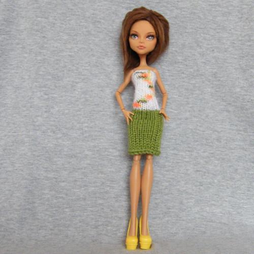 Šaty pro panenku Monster High