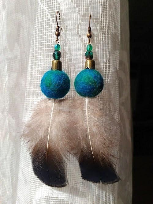 Náušničky paví krásy