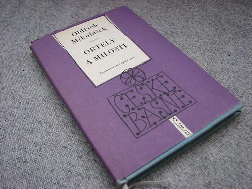 Ortely a milosti, Oldřich Mikulášek, 1958