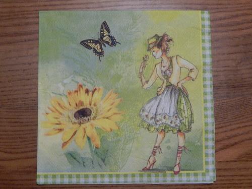 Ubrousek na decoupage - dívka s motýlem