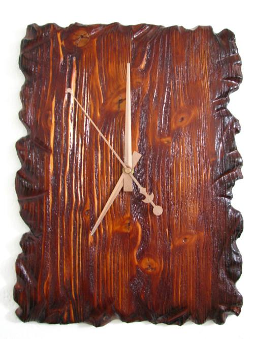 dřevěné masivní hodiny